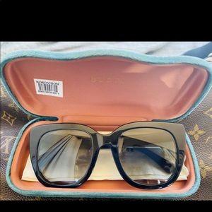 GUCCI cat eye polarized sunglasses